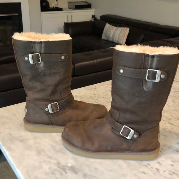 fb86f9b9b08 Practically new 10 UGG 5678 boots, leather, brown